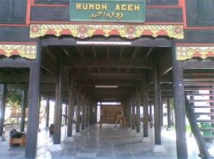 rumoh-aceh-2