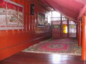 Tampak Seuramoe Keue (Serambi Depan), biasa digunakan untuk menerima tamu